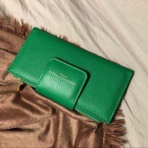 adrienne vittadini green wallet
